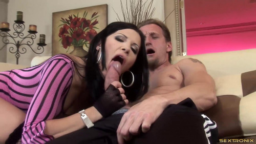Rebecca Linares loves to have a dick in her ass