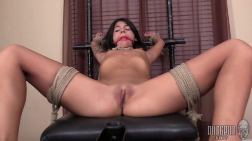 BDSM Sadie Pop - Small, Submissive and Overwhelmed