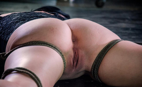 bdsm Pussy Whipped - Sexy Slave In Hard Training