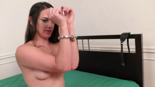 BDSM HD Bdsm Sex Videos Handcuffs of Special Design worn by Miss Reya Fet