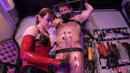 Femdom and Strapon Slave Training