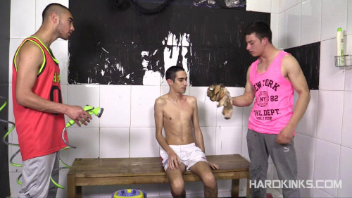 Gay BDSM Str8 Bullies vs Nerd (Abel Bunker, Eloy Fox)