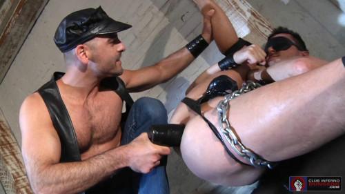 Gay BDSM Fist Trap, Scene #01