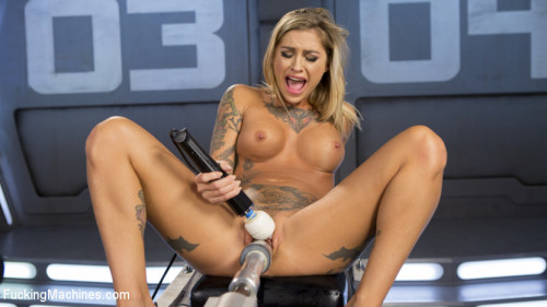 Sex Machines ALT Bombshell Gets the Best Fuck of Her Life