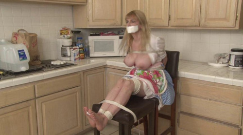 BDSM Wife in Trouble Toe-Tied by Burglar Lorelei