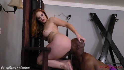Femdom and Strapon Siri and her obedient slave