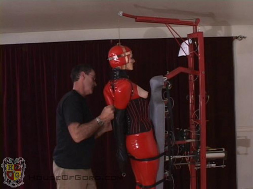 BDSM Latex Bitch Bender almost maxed out