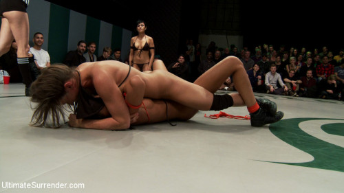 Femdom and Strapon Dragon, Ariel, Beretta, Lyla: The hottest girl on the net battle in a non-scripted Tag Team Event!