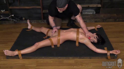 BDSM She is happy to please