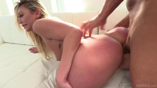Stretch Her Hole