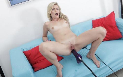 Sex Machines Claudia Mac Love Dildo Machine