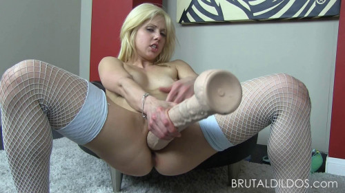 Fisting and Dildo Holly Hanna 2