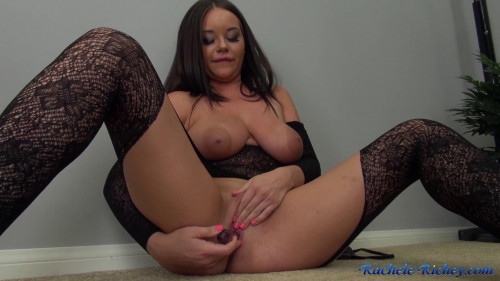 Fisting and Dildo Lacy Babe Rachele Masturbates