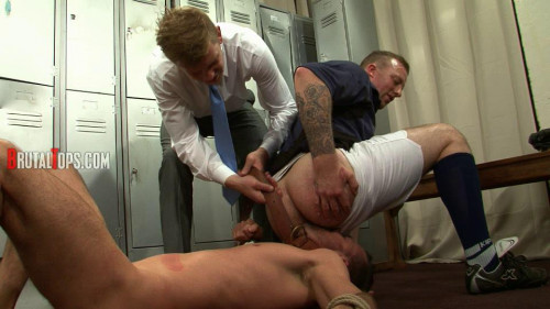 Gay BDSM Master Derek & Master Edward – Session Pt.332 (540p)