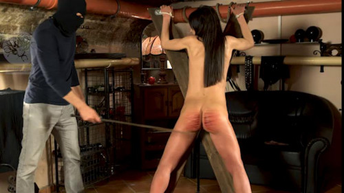 BDSM Nataly Gold Return To The Chambers
