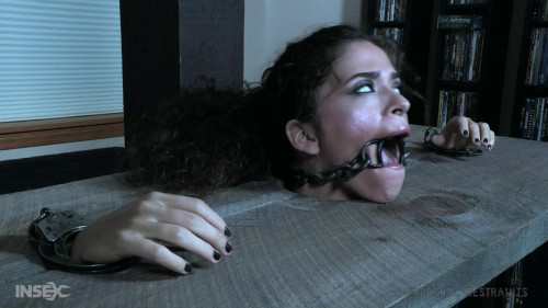 BDSM Animalistic strength - Victoria Voxxx