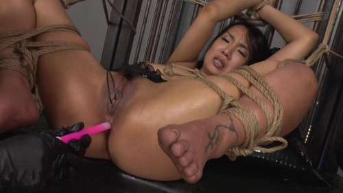 Asians BDSM Sexy Smoking Hot Slut Plays