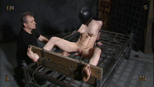 BDSM Insex - Format 16x9 (Models 731, Elizabeth, Moonshine)