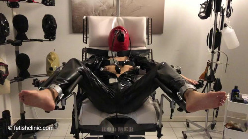 BDSM Latex Anna Rose and male submissive F