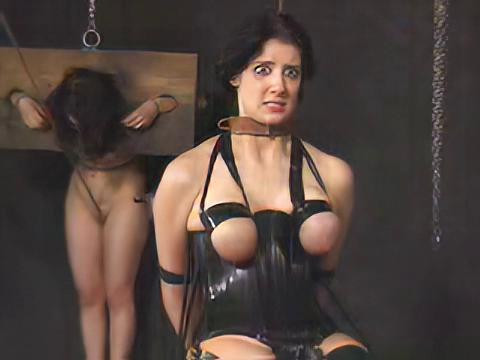 BDSM Insex - Model 101 Raw (Live Feed Quality)