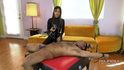 Femdom and Strapon Asia Perez - Tears for Her Pleasure