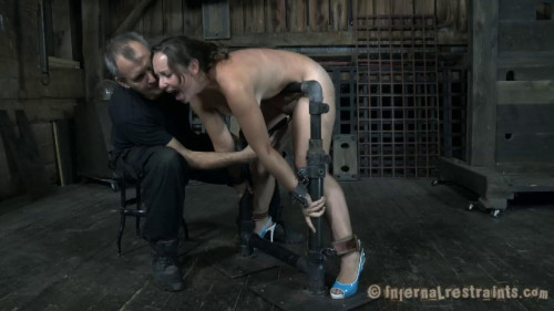 BDSM Perfect Pet - Sasha