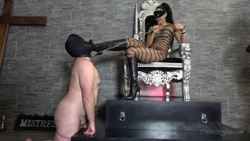 Femdom and Strapon Mistress Gaia