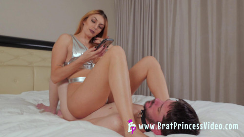 Femdom and Strapon Mia - Beautiful Princess gets Foot Worship from Loser