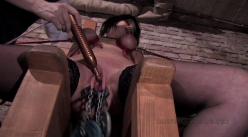 BDSM Dungeon Diaries - Painslut Mona