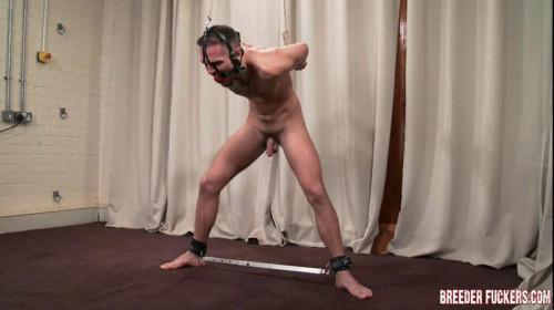 Gay BDSM Leo part 4