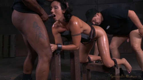 bdsm Wenona belted in strict bondage
