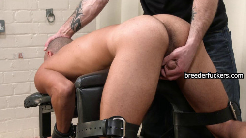 Gay BDSM Leo part 9