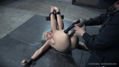 BDSM IT girl
