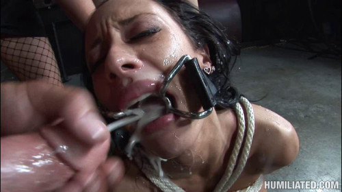 BDSM Mya Nicole