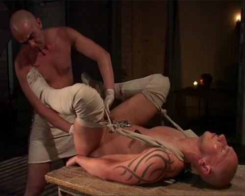 Gay BDSM Way Down