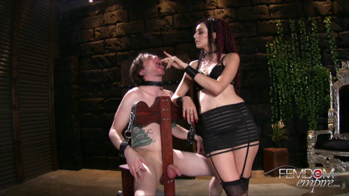 Femdom and Strapon Smokers Delight