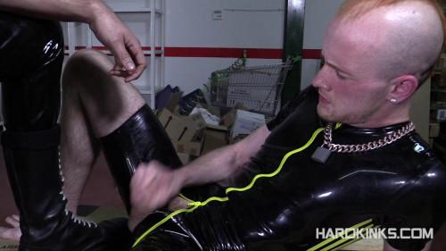 Gay BDSM Bad Pup (Kieron Knight, Michael Selvaggio)