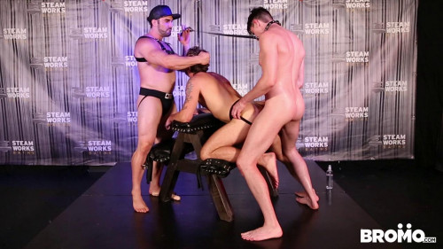 Gay BDSM Jaxton Wheeler dominates Wesley Woods and Jack Hunter (720p)