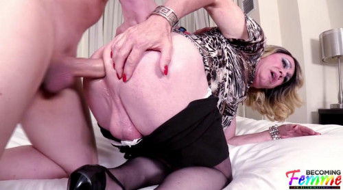 Anal Interview From Big Butt Tranny