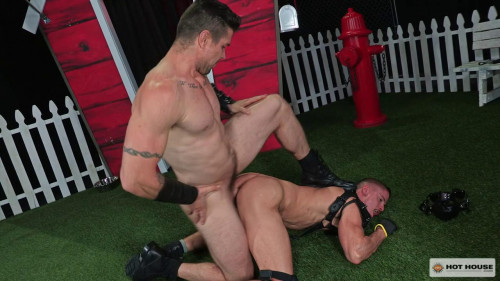 Gay BDSM  House - Trenton Ducati and Skyy Knox