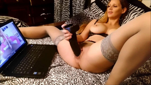 Fisting and Dildo exploring porn
