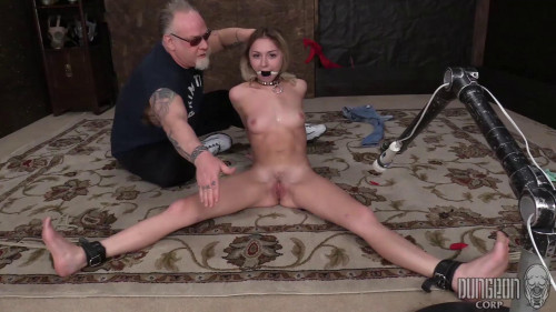 BDSM Chloe Temple - Adorable And Fucking Hot part 1