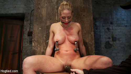 bdsm Part 14 of Decembers live show with Holly heart - A back arching, pussy destroying tie from hell.