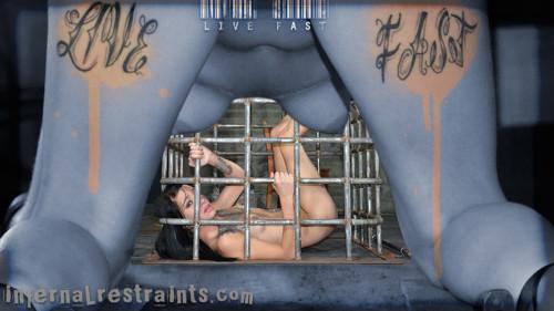 BDSM InfernalRestraints Juliette Black