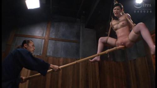 Asians BDSM Asian Slave Aya Shiomi Gets Hard Tortures