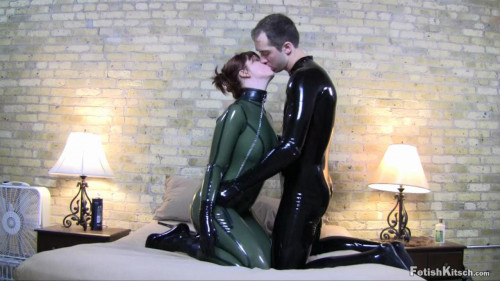 BDSM Latex He throws her to her knees