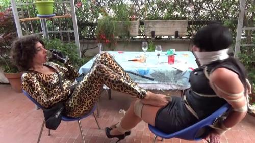 BDSM Captive Of The Sultry Italian Cat Burglar