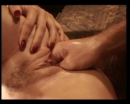 Fisting and Dildo Slavegirl on a fist