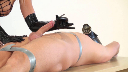 Femdom and Strapon Sounds Milking