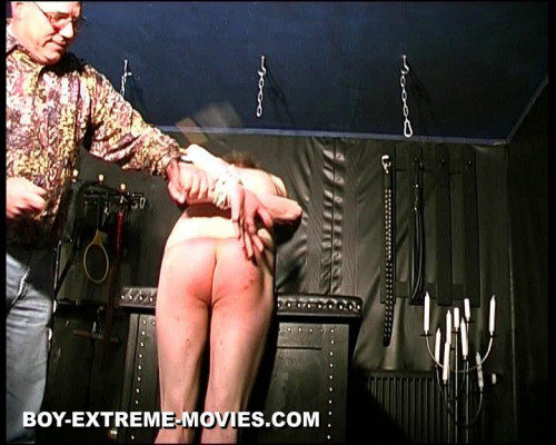 Gay BDSM Amateur Slave extreme CBT, heavy Paddling